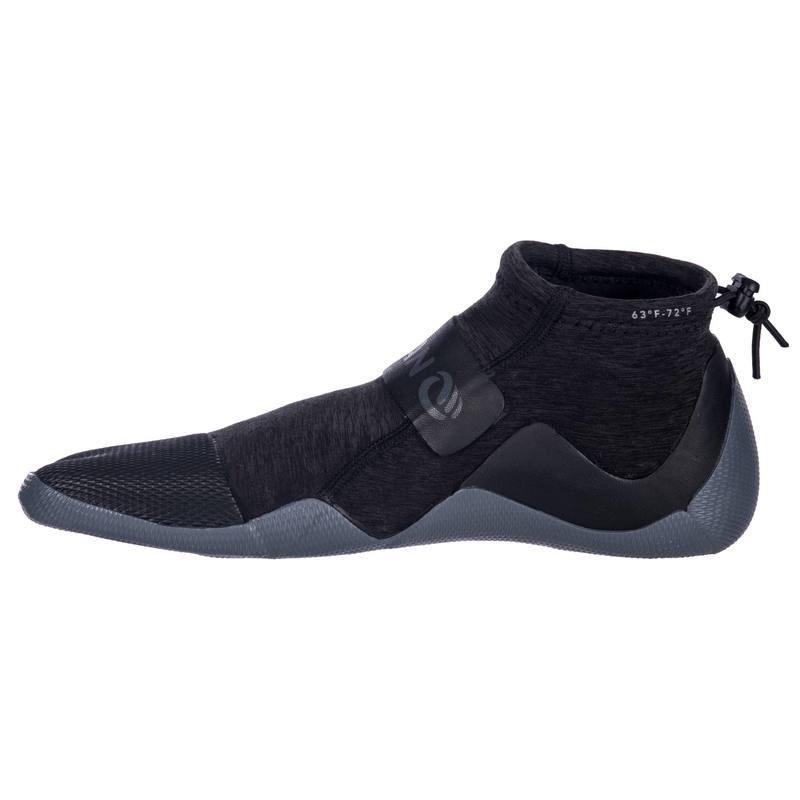 ... Zapatos acuáticos de caña baja Surf 500 Neopreno 2 mm Gris negro ... 3f3c4ba9391